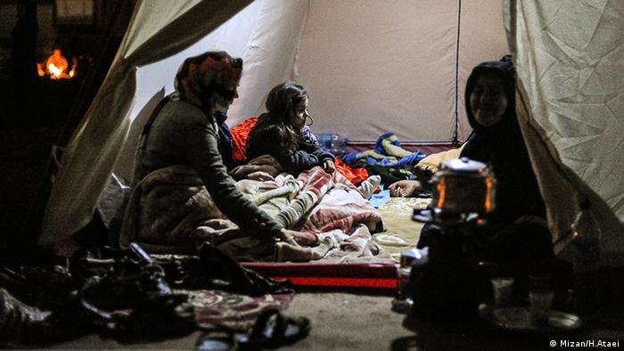 Viele Familien haben ihr Zuhause verloren und sind in Zelten untergebracht. (Mizan/H.Ataei)