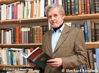 Ο Γερμανός  δημοσιογράφος Έμπερχαρντ Ρόντχολτς