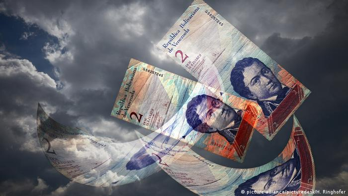 Krise in Venzuela Venezolanische Bolivar Symbolbild Schulden (picture-alliance/picturedesk/H. Ringhofer)