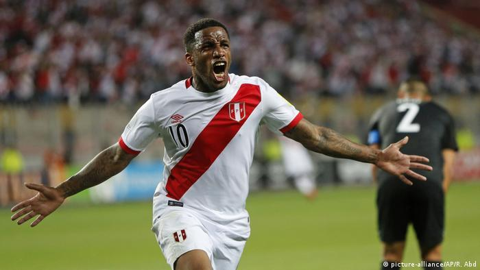 WM Qualifikation Play-Off Rückspiel Peru vs Neuseeland Jefferson Farfan Tor (picture-alliance/AP/R. Abd)