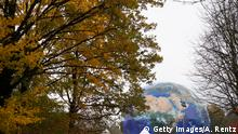 A gigantic globe is seen in a park in Bonn (Getty Images/A. Rentz)