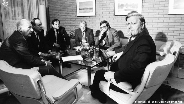 Tres semanas bastaron para formar gobierno en la coalición de Helmut Schmidt, en 1969
