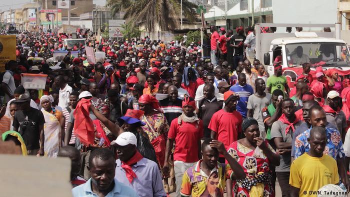 Togo Lomé - Demonstranten für Verfassungsreform und gegen Präsident Gnassingbé