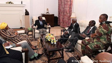 Mugabe meets General Chiwenga