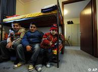 Dany, Delon y Diamon Waad, niños refugiados iraquíes en un centro de acogida temporal en Múnich