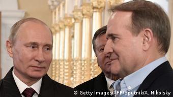 Президент России Владимир Путин и Виктор Медведчук (фото из архива)