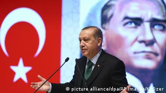 Επαναπροσέγγιση της Ευρώπης μέσω Αθήνας επιχειρεί σύμφωνα με τον γερμανικό Τύπο ο Ταγίπ Ερντογάν