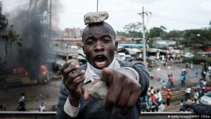 A supporter of Kenyan's opposition party reacts during a demonstration following the arrival of opposition leader Raila Odinga (Getty Images/AFP/Y. Chiba)