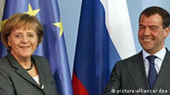 Angela Merkel with Russian presidetn Medvedev