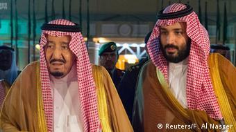 Saudi-Arabien König Salman und Kronprinz Mohammed bin Salman (Reuters/F. Al Nasser)
