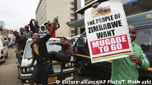 Simbabwe Proteste in Harare (picture-alliance/AP Photo/T. Mukwazhi)