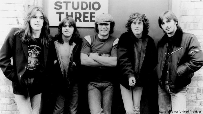 ACDC - Bandfoto 1980er (picture-alliance/United Archives)