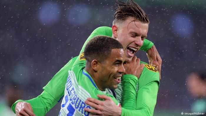 Deutschland Bundesliga Wolfsburg gegen Freiburg   Torjubel Gerhardt (imago/Hübner)