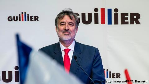 A portrait of presidential candidate Alejandro Guillier
