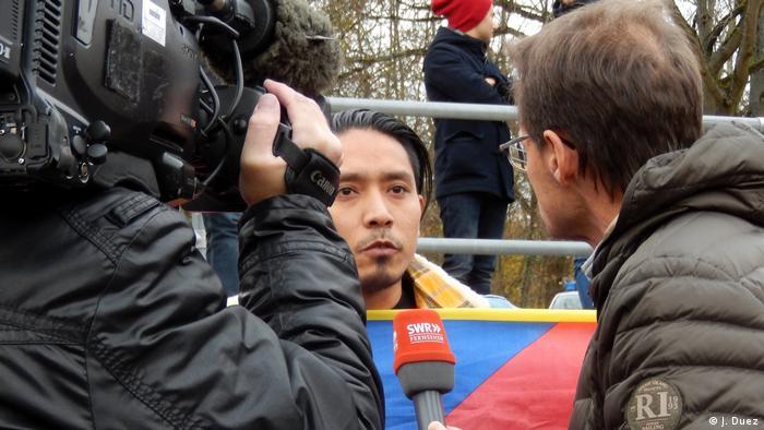 Risultati immagini per china U20 tibetan flag