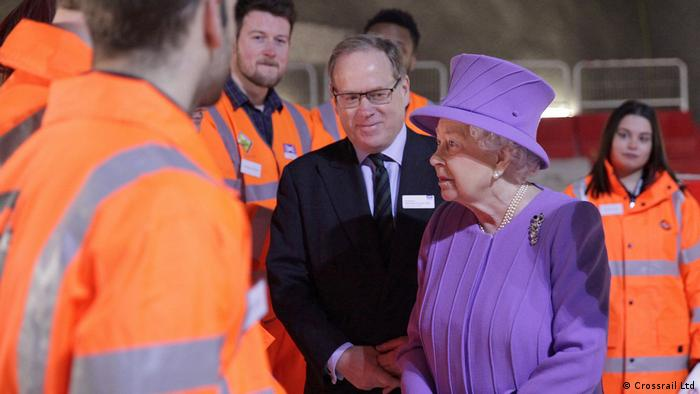 Crossrail Ltd Pressebilder | Queen Elizabeth meets Crossrail staff (Crossrail Ltd)