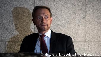Deutschland Christian Lindner teilt Scheitern der Sondierungsgespräche in Berlin mit (picture alliance/dpa/B. von Jutrczenka)