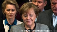 German Chancellor Angela Merkel at the collapse of coalition talks on Monday morning (picture alliance/dpa/B. von Jutrczenka)