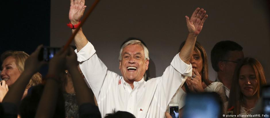 O ex-presidente Sebastián Piñera, que lidera a coligação de direita Chile Vamos, conquistou 36,62% dos votos