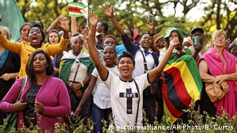 Simbabwe Harare Jubel nach Entmachtung Robert Mugabes