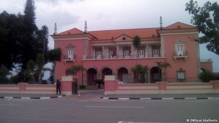 Forças ocultas estariam entre os motivos para o palácio provincial estar desocupado no Huambo