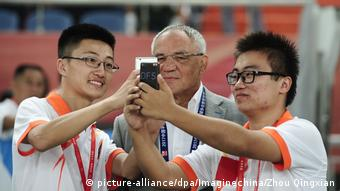 Fußball Trainer Felix Magath in China (picture-alliance/dpa/Imaginechina/Zhou Qingxian)
