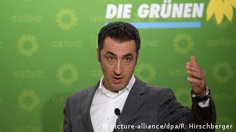 Deutschland Cem Özdemir in Berlin (picture-alliance/dpa/R. Hirschberger)