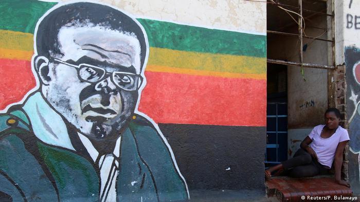Simbabwe Mugabe Mural in Mbare
