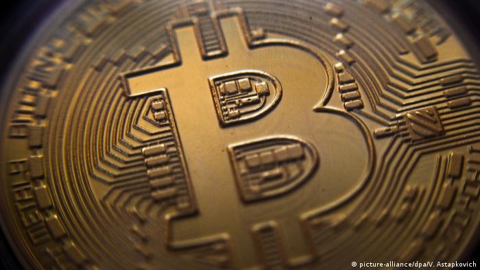 Визуальное изображение биткоина