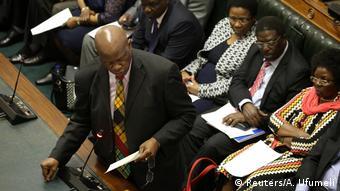 Simbabwe Parlament Patrick Chinamasa, Minister für Cybersicherheit | Amtsenthebungsverfahren Robert Mugabe