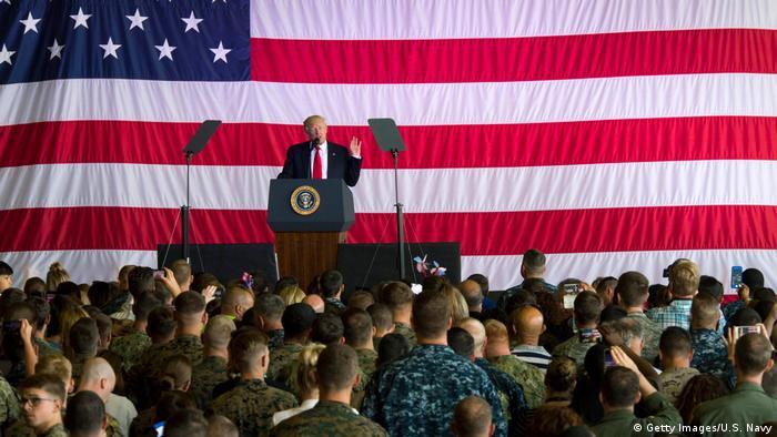 Italien Naval Air Station Sigonella Trump Truppenbesuch