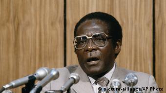 Zimbabwe Robert Mugabe (1984)