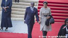 Robert Mugabe und Grace Mugabe (Getty Images/M.Safodien)