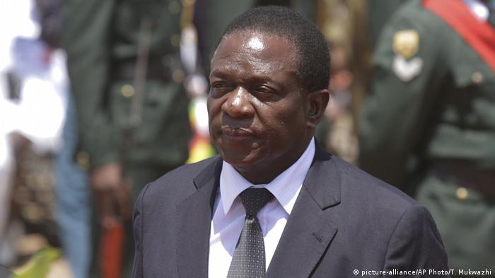 Simbabwe Emmerson Mnangagwa in Harare, 2014 (picture-alliance/AP Photo/T. Mukwazhi)