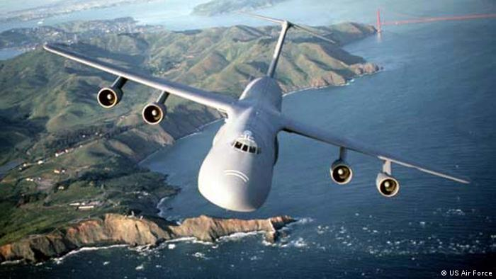 C-5A/B Galaxy cargo aircraft (US Air Force)