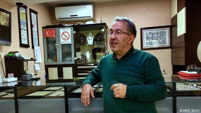 Balkan Booster Schmuckladen von Redzep Skrijelj in Novi Pazar (DW/S. Balliu)