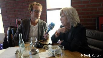 DW's Kürten interviews von Trotta (DW/J. Kürten)