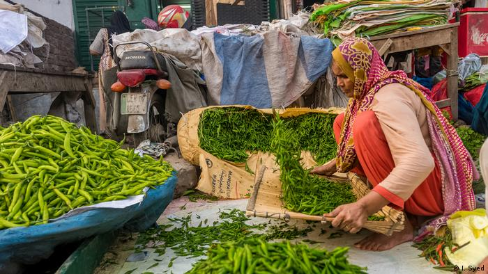A vegetable market in Lahore, Pakistan