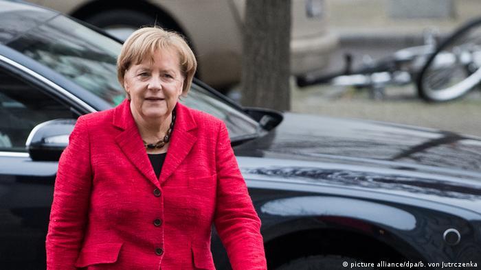 Merkel scheitert und gewinnt doch