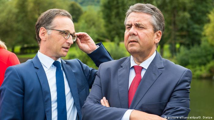 Bundesaußenmminister Sigmar Gabriel und Justizminister Heiko Maas (Foto: picture-alliance/dpa/O. Dietze)