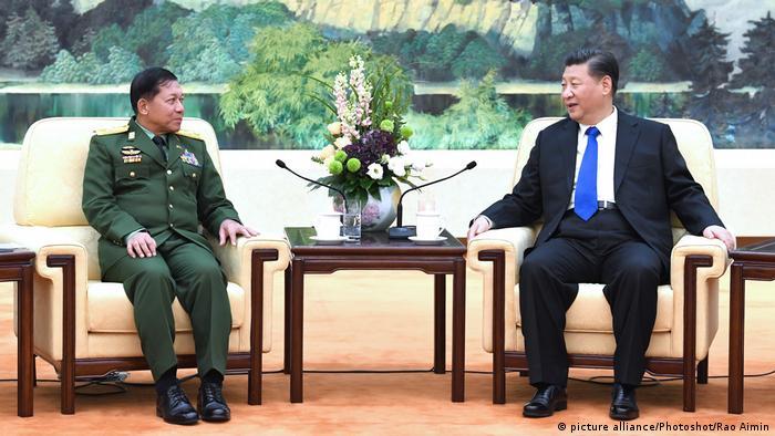 China Myanmar Xi Jinping Sen-Gen Min Aung Hlaing (picture alliance/Photoshot/Rao Aimin)
