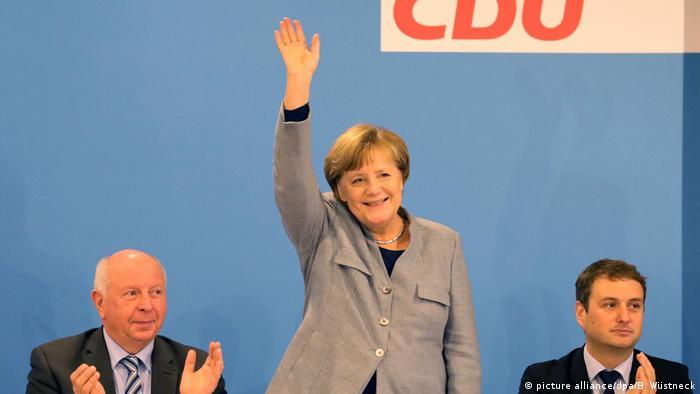 Merkel participou de convenção da CDU no estado de Mecklemburgo-Pomerânia Ocidental