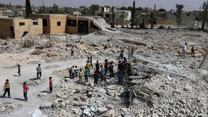 Vom Krieg zerstörte Schulen in Syrien al-Saflaniyeh (Reuters/K. Ashawi)