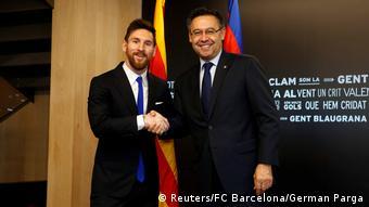 Fußball Vertragsunterzeichnung mit FC Barcelona Lionel Messi