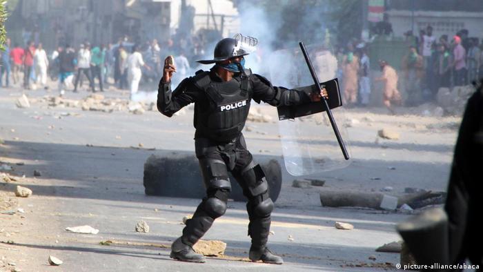 Pakistan Proteste (picture-alliance/abaca)