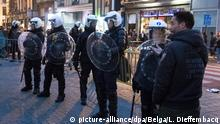 ARCHIV 15.11.2017 +++ Illustration picture shows riot police at a face off between the police and youngsters, in the city center of Brussels, Wednesday 15 November 2017. BELGA PHOTO LAURIE DIEFFEMBACQ Foto: Laurie Dieffembacq/BELGA/dpa