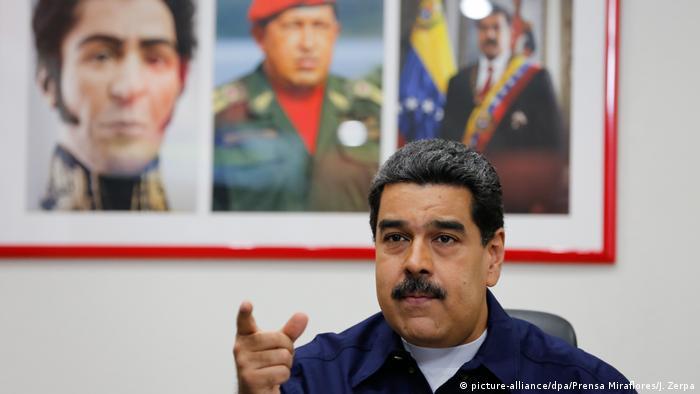 Venezuela Caracas Präsident Nicolas Maduro (picture-alliance/dpa/Prensa Miraflores/J. Zerpa)