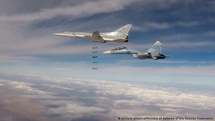 Syrien russische Langstreckenbomber Tu-22M3 (picture-alliance/Ministry of defence of the Russian Federation)