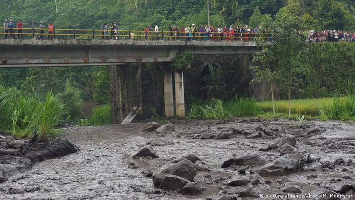 Небезпечні селеві потоки на Балі