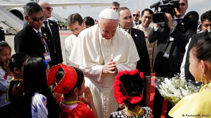 Папа Римський Франциск у М'янмі